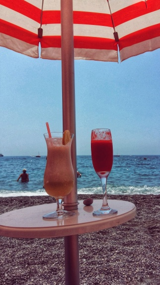 Cocteles en primera línea de playa
